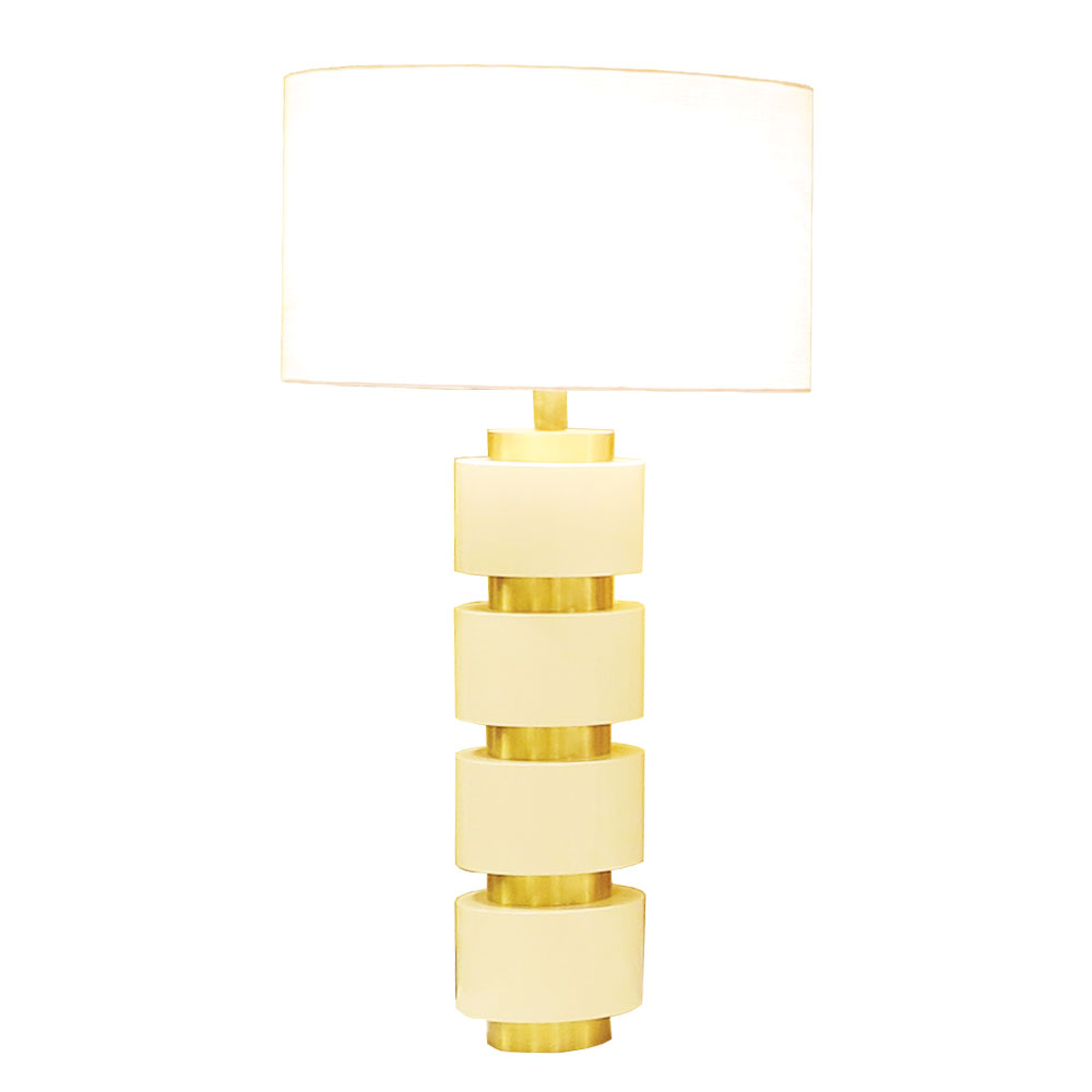 lacquer table lamp in white with brass details