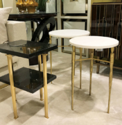 modern-round-side-table-in-brass-with-marble-top_web