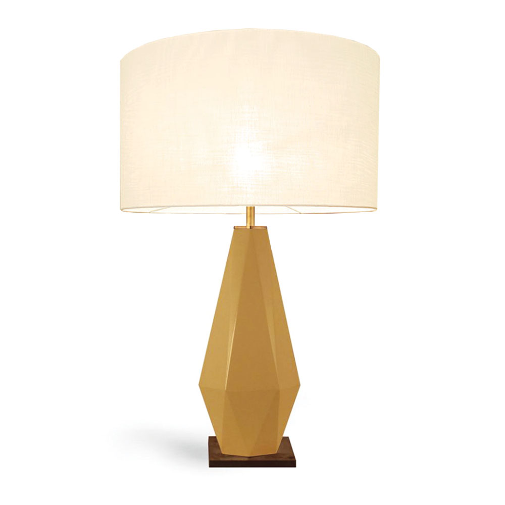 modern lacquer table lamp in diamond shape